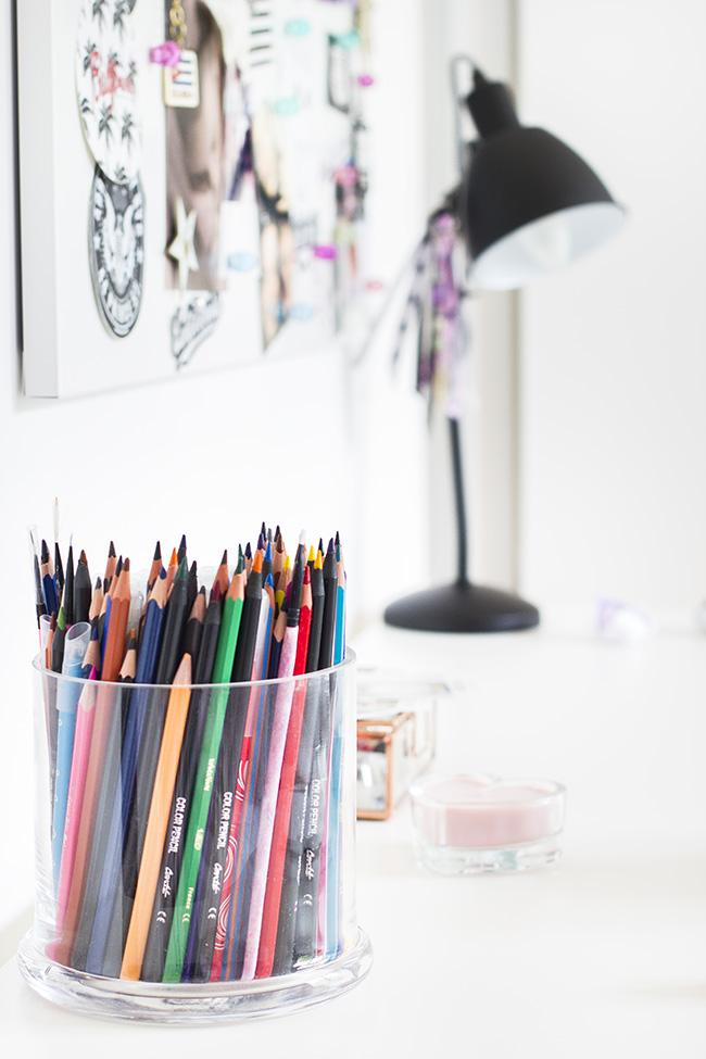 Crayons Atelier Coin bureau photo