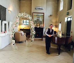 pianist, piano,wedding pianist, wedding piano payer, pianoteacher, wedding ceremony music, wedding drinks rececption, Dublin pianit, wedding musicin, wedding singer, church music, piano player