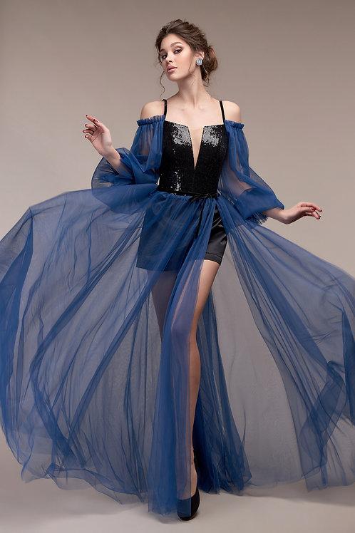 ШОРТЫ! После выпускного убрав рукава и юбку, у девушки остается прекрасный корсет который можно будет одеть на любое мероприя