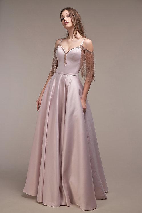 Воздушное и нарядное пышное платье