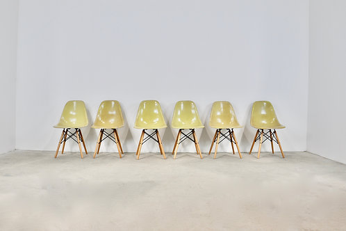 Chairs DSW by Charles &Ray Eames for Herman Miller, 1970s