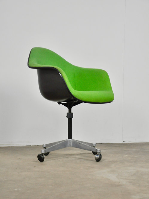 Green Office Chair by Charles Eames for Herman Miller, 1970s