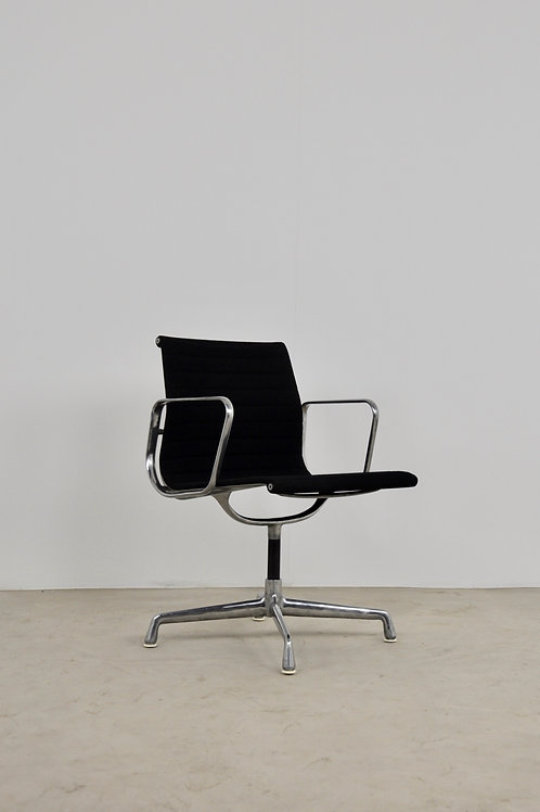 Office Armchair by Charles &Ray Eames for Herman Miller 1970S