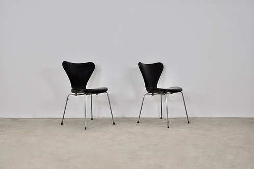 Leather 3107 Dining Chairs by Arne Jacobsen for Fritz Hansen, 1960s