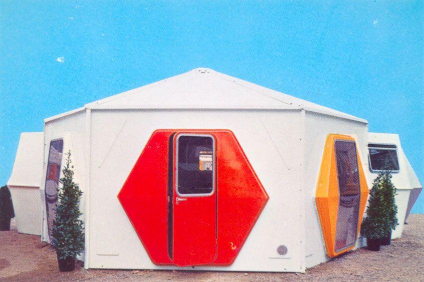 Georges Candilis - Fiberglass House 1960s