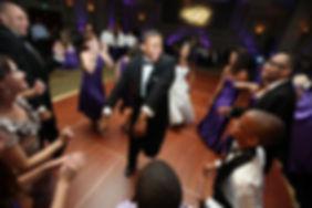 weddingreceptiondancing.jpg