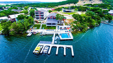 lakefront-resort-with.jpg