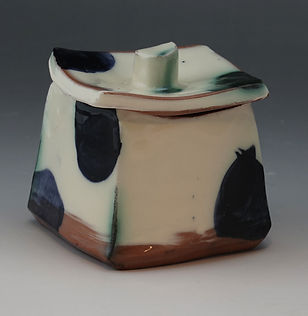 Small Square pot 10cm H Sept 2020.jpg