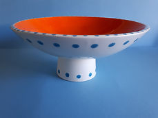 Pedestal bowl orange.jpg