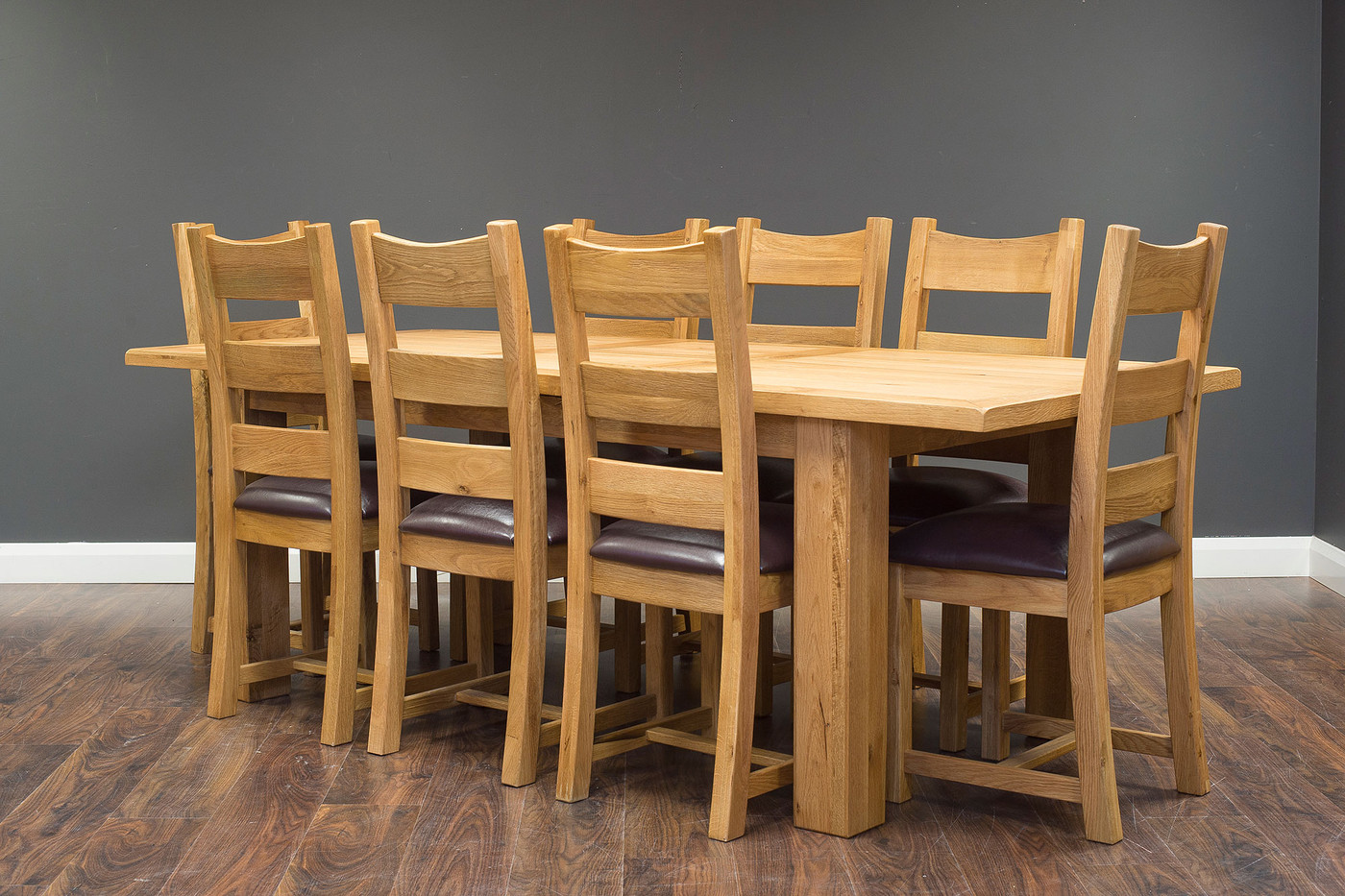 1.8 Extending with PU Chairs.jpg