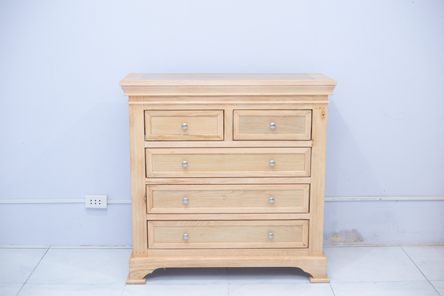 5 Drawer Chest.png