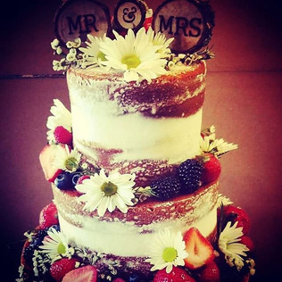#nakedcake #weddingcake #customcake #fre