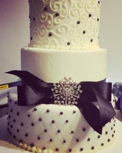 40s wedding cake.jpg