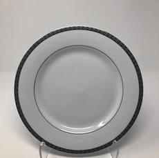"""10.675"""" Dinner Plate"""