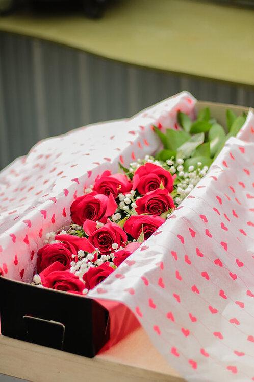 Dozen Boxed Long Stem Roses