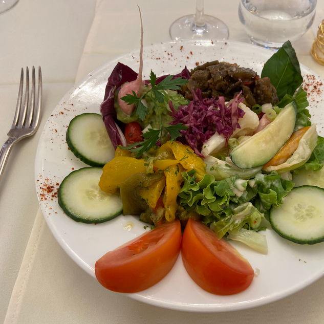 Meli-Melo de poivrons en salade avec son guacamole et sa ratatouille