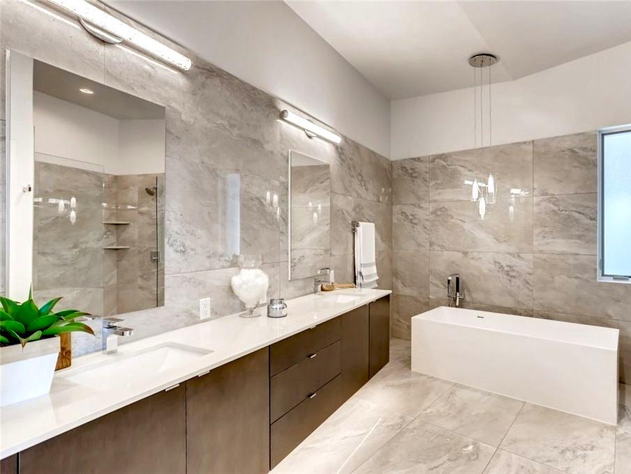 Sandpoint, Seattle Master Bath