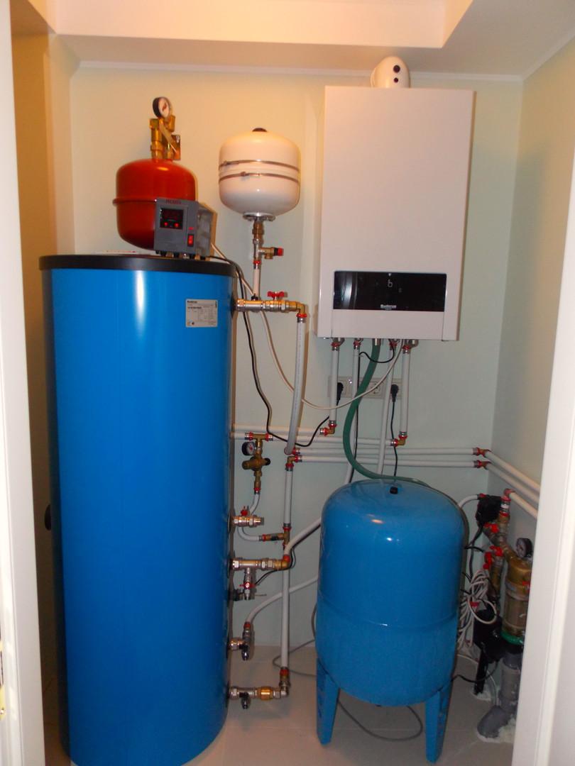 Работы по водоснабжению в загородном доме