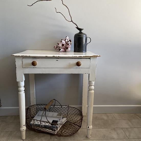 Gorgeous Vintage Chippy White Table