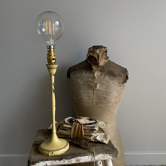 Glorious French Chippy Lamp