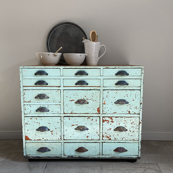 Fantastic Large Chest of 15 Drawers with Stunning Chippy Paint Patina