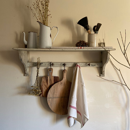 French Game Shelf