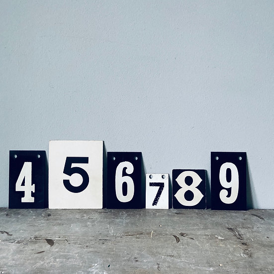 A Set of Vintage Numbers 4 - 9