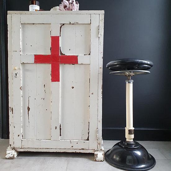 Heavy Oak Chippy Paint Cabinet