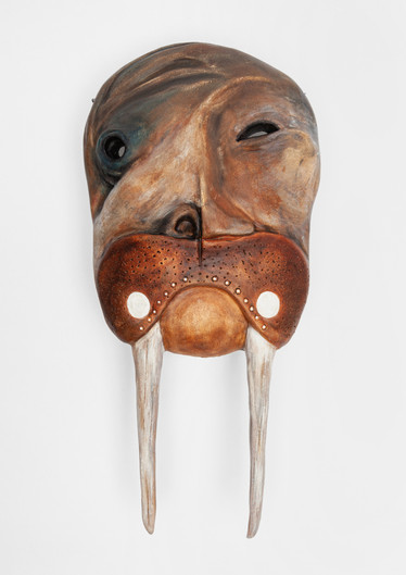 Walrus Man with Labrets (photo 1)
