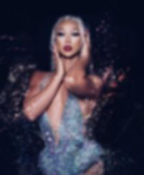 plastique-tiara.jpg