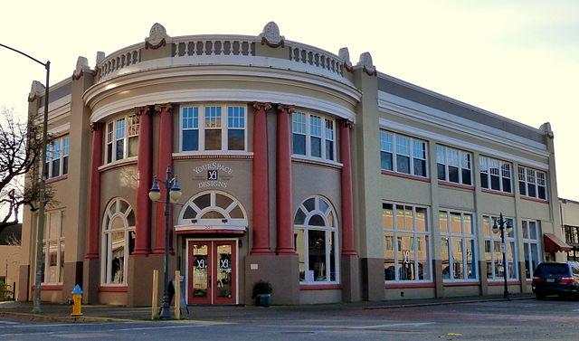 Coos_Bay_National_Bank_Bldg_-_Coos_Bay_Oregon