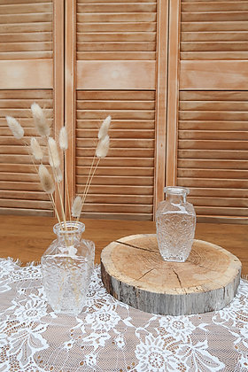 Vase carré à gravures