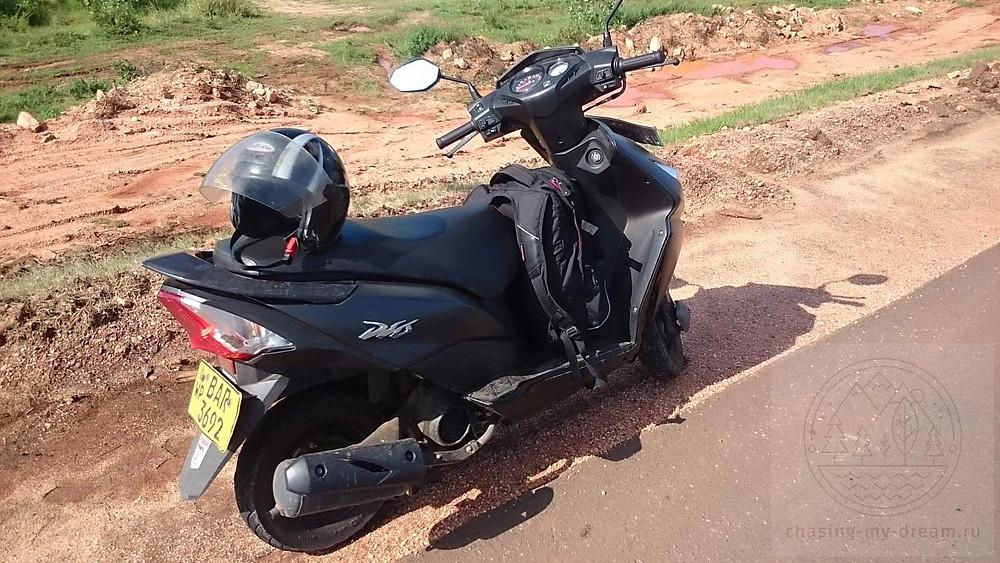 самобытно по миру на Цейлон, мой мотобайк в аренду