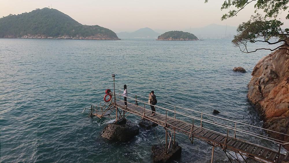 пирс Sai Wan в Гонконге - городе для самобытных путешествий.