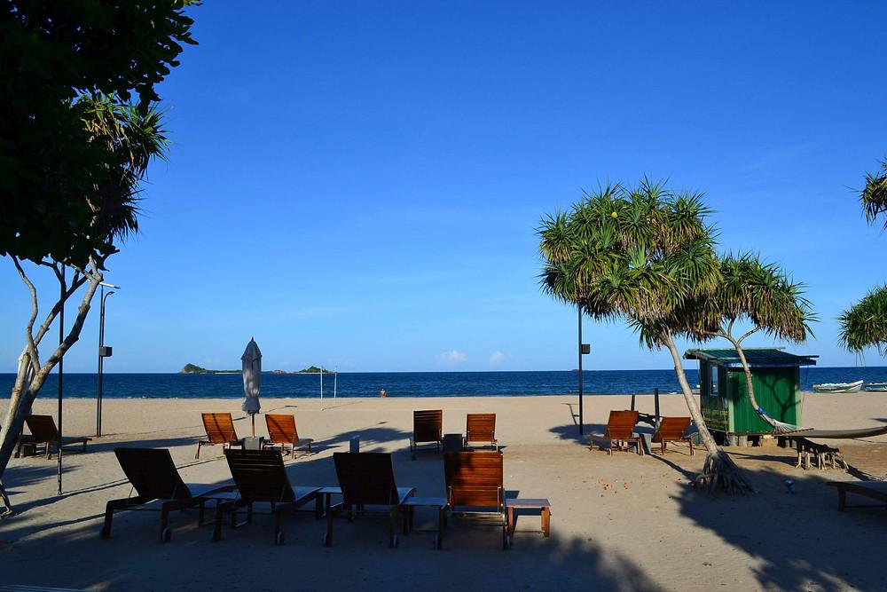 пляж при отеле Anilana Nilaveli, Цейлон