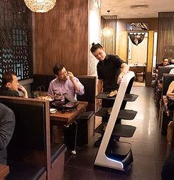 shin-minori-robot-waiter_edited.jpg