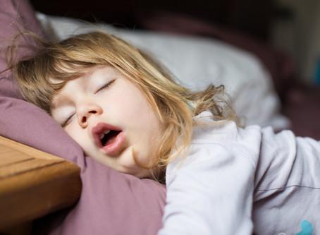 Seu filho está dormindo mal?