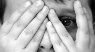 Medo infantil que interfere nas atividades e causa sintomas e emocionais precisa ser avaliado