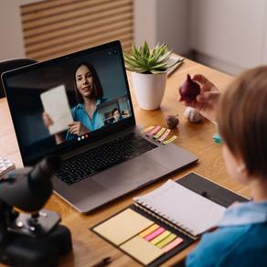 Aulas online? Veja como manter as crianças motivadas com aulas online