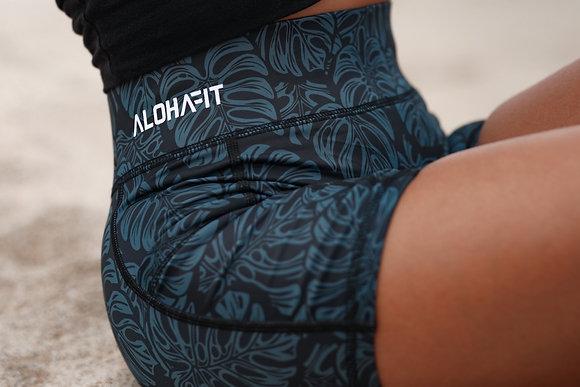 Monstera Shorts