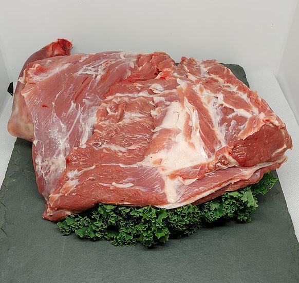 Shoulder of Lamb on the Bone (Full Shoulder)