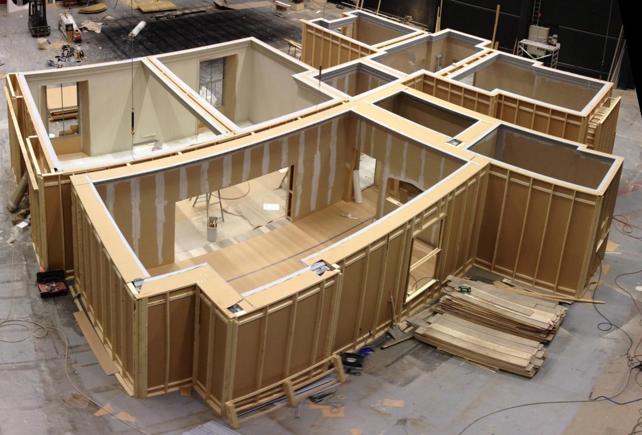 Set Build