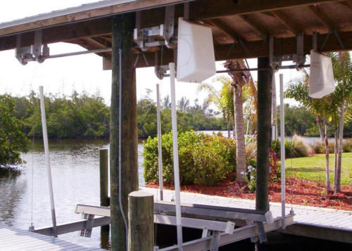 BOATHOUSE LIFT BOAT LIFT U.S. (PLEASE CALL TO ORDER)