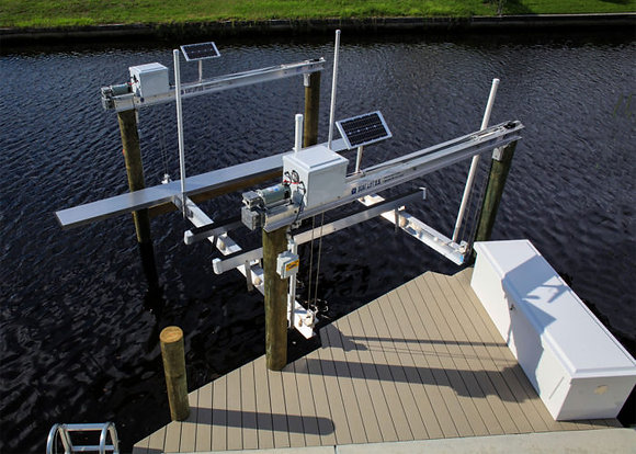 SOLAR BOAT LIFT U.S. (PLEASE CALL FOR PRICING)