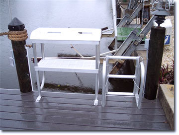 Fish Cleaning Station 2 LEG w/ Shelf