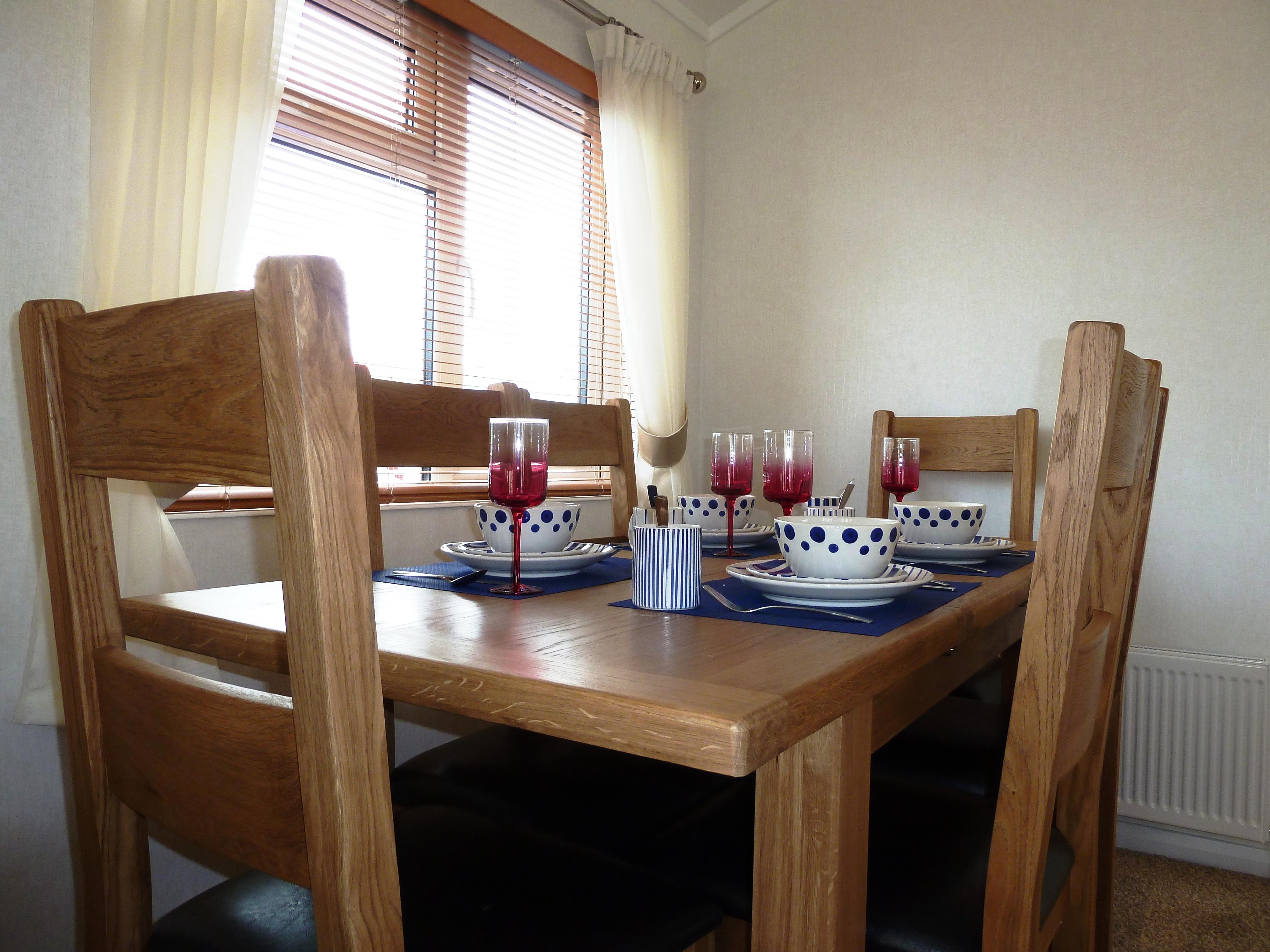 Lodges at Cedar Lodge Park Tavistock