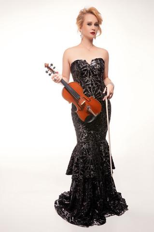 Sympholynn Violin Black Gown Kat