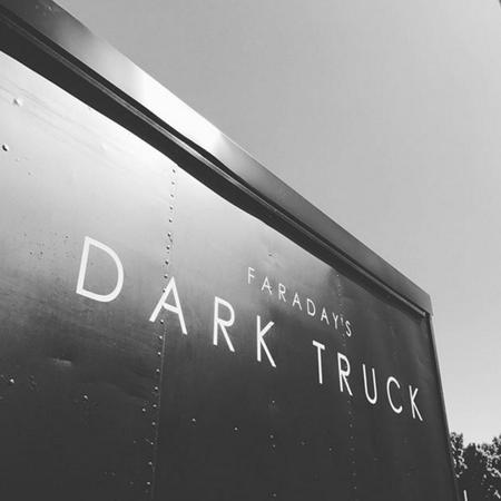 DARK TRUCK