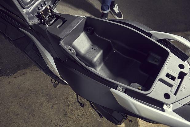 Scooter-longjia-easymax-125cc-7.jpg
