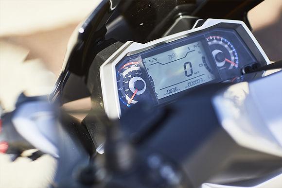 Scooter-longjia-easymax-125cc-3.jpg